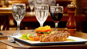 2 Noches en Cyan Hotel de las Américas + Cena